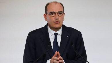 صورة رئيس الوزراء الفرنسي: قتل موظفة الشرطة هجوم على الجمهورية الفرنسية