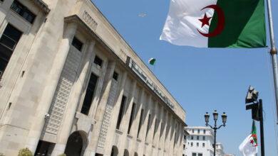 صورة البرلمان يسترجع مركباته من النواب السابقين