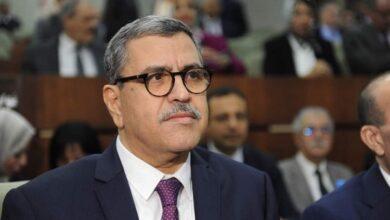 صورة الوزير الأول يقدم استقالة الحكومة لرئيس الجمهورية اليوم