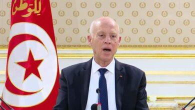 صورة هكذا علَق رئيس تونس على حادثة تعرية وسحل شاب من طرف شرطيين