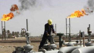 صورة أسعار النفط ترتفع بفعل تراجع المخزونات الأمريكية