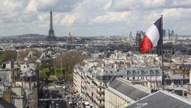 صورة فرنسا.. توقيف 3 آلاف عامل صحة لرفضهم التطعيم ضد كورونا